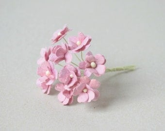 15  mm /  12  Pink Lilac    Paper  Flowers
