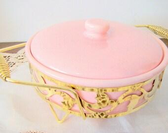 Bauer Casserole Server Dish Speckled Pink With Metal Holder