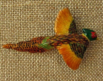 vintage 40s hand carved wood pheasant pin brooch hand painted  copper pin back