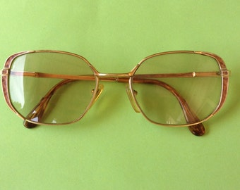 French 1960s Vintage Woman Gold Plated & Tortoise Color Frame Eyeglasses - Mint from France
