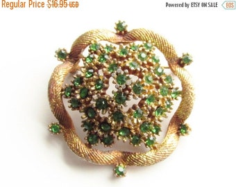 SaLe Vintage Green Rhinestone Dome Flower Brooch Mid Century
