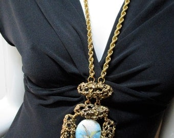 Vintage 70s LES BERNARD INC Enamel Pendant Necklace
