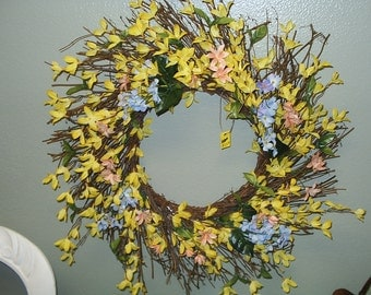Beautiful Handmade Floral Wreath.   Local Pick Up Only! Antique Store Brooksville, FL