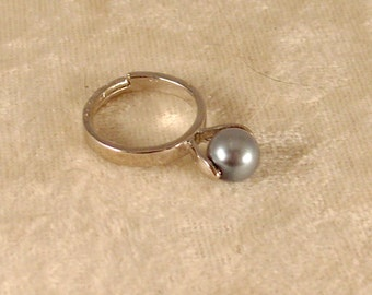 Steel Grey Pearl Ring