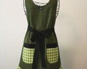 Full Apron Green and Black Print Woman's Full Apron