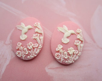 Hummingbird Delphinium Cabs Pale Coral Pink And Ivory 25x18mm  2Pcs.