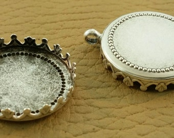 Antique silver crown setting