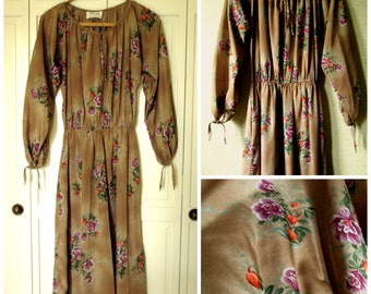 Peasant Dress polyester day dress with pockets light brown purple orange floral print vintage 70s women small medium Zizi Barbara Chodos