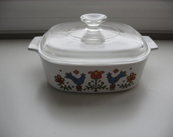Sale Vintage 1975 Corning Country Festival Amish Friendship A 2 B, 2 Qt. Casserole//Vintage Baking Casserole