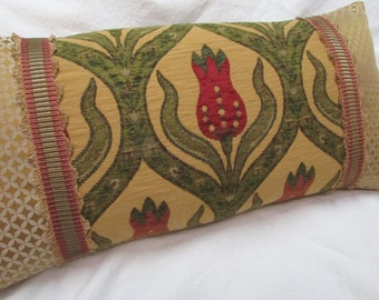 DECORATIVE PILLOW lumbar 11x22  includes insert