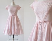 1950s Pin Tuck Dress / 1950s Pink Day Dress / Tea Party Dress / Pink 1950s Mad Men Dress / Pleats Bow Crochet / Extra Small XS