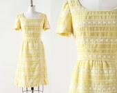 Embroidered Carlye Dress / 1960s Dress / Yellow Embroidered Dress / 1960s Day Dress / Medium Large / 30 Waist