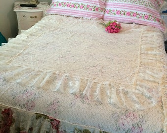 Handmade by shabbyhome, Vintage ecru ruffled lace bed coverlet