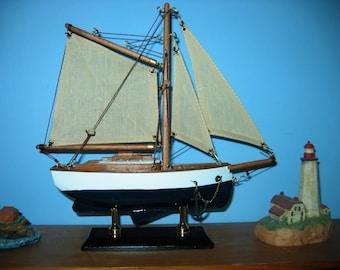 "Wooden Ship Model- FRIENDSHIP like GAFF SLOOP- 9"" Long Beautiful! New/Assembled"