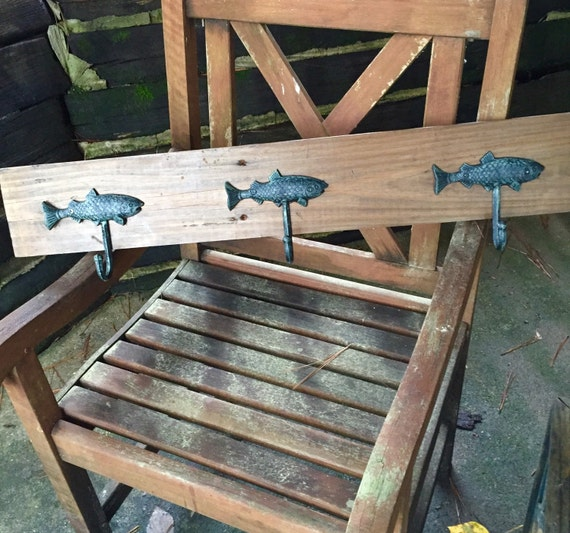Rustic wood wall mount 3 fish hook coat rack 34 l hall for Racks fish house