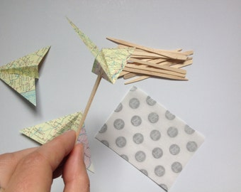 Airplane cupcake toppers, Map Airplanes, Map Cupcakes, Map Theme, travel Theme, Destination Wedding, Map Decor, Paper Airplanes, DIY/KIT
