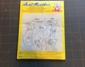 Aunt Marthas Hot Iron Transfer -Angelic Ensemble 3885