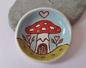 Ceramic Pottery Faery Mushroom Dish, Candle Dish, Tea Light Holder, Small Offering Bowl, Fairy House, Fairy Toadstool, Trinket Dish
