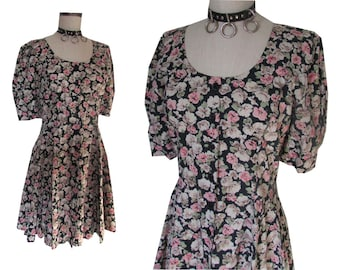 Floral Grunge Puffed Sleeves Button Down Girly 90's Dress