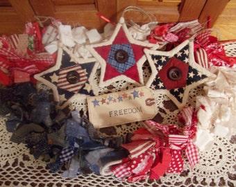 Primitive Country Raggedy Tattered Patriotic Americana Rag Swag GARLAND with STARS Skirting Wrap Drape (RWB-05)