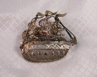 c1950's Continental (800) Silver With Gold Vermiel Spanish Galleon Brooch