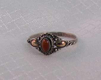 Vintage Victorian Styled Carnelian and Sterling Ring 17.5mm (size 7.5)