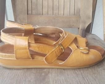 WILKKOMEN   ///  Leather Sandals