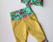 Mustard yellow ribbed with floral cuff leggings