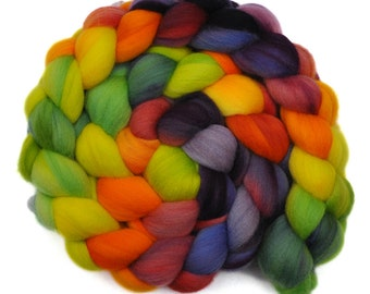 Hand dyed roving - 19μ Merino wool spinning fiber - 4.0 ounces - Spring is Sprung 1