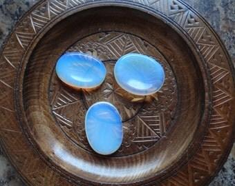 OPALITE Worry Stone Gemstone Crystal Wiccan Pagan Metaphysical Reiki Chakra Supply