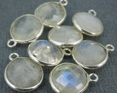 12% off Wholesale Moonstone Station Round Charm Pendant- 10mm Sterling Silver Bezel Charm Pendant (WH-16)