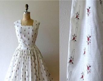 1950s novelty print dress . vintage 50s cowboy print dress