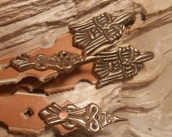Wickelbander hooks, Viking age bronze & leather leg wraps. set of 2.