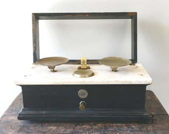 Antique Henry Troemner Apothocary Pharmacy Scale
