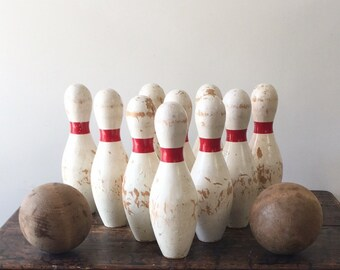 SALE Vintage Wooden Carnival Bowling Pins with 2 Wooden Balls