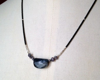 "SALE Simple modern labradorite necklace fresh water pearls, silver faceted beads black glass seed beads 19"" labradorite spectrolite"