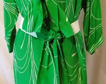 """BIG FALL SALE 80s Vintage Green Silk Print-Waldorf Chemise Belted Day Dress-Pauline Trigere-High Fashion Collector-Size 18-xL-50"""" Bust"""