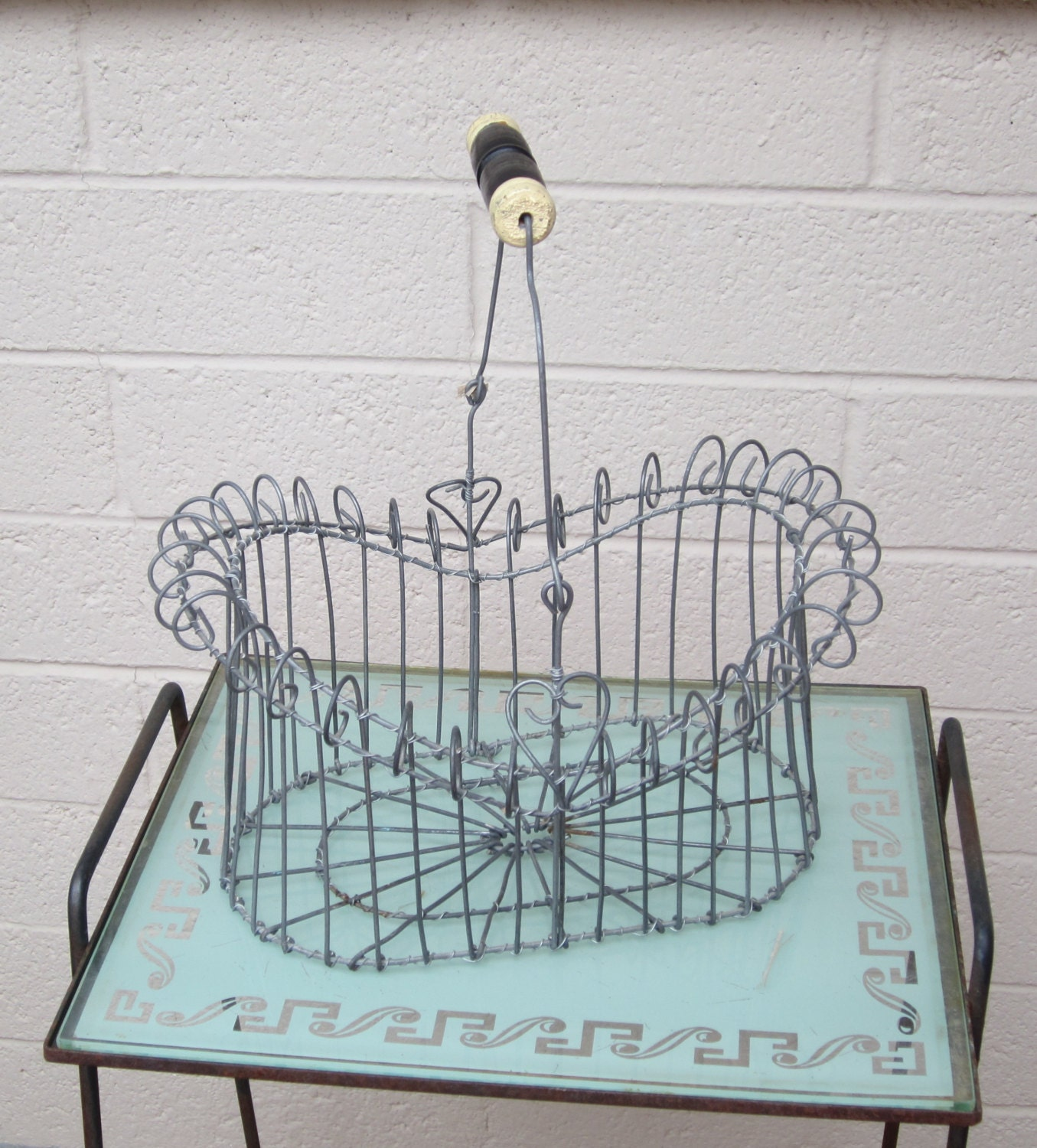 Wire Egg Basket Wooden Handle 2 Hearts