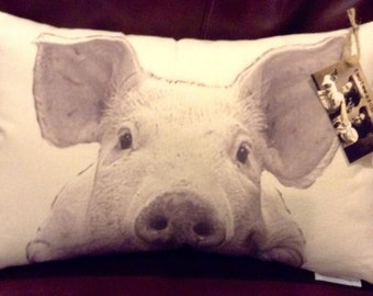 Pig Pillow / Olive