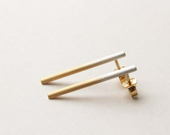 Ombre bar studs in silver/gold, round