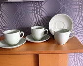 """Vintage Johnson Bros """"Greendawn"""" 2 x cups and saucers"""