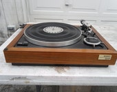 Vintage Sony  Automatic Turntable with new AT cartrdidge and stylus, new belt,, real wood base  beauty