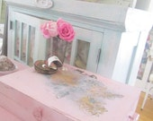 Vintage wood painters  box roses shabby chic