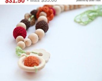 Sale! Nursing crochet statement necklace with natural stone. Teething ring pendant necklace for baby and newmom