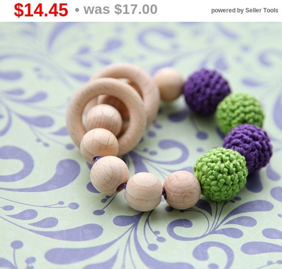 Christmas gift idee Lilac/ purple and neon green teething ring toy with crochet wooden beads. Rattle for baby.
