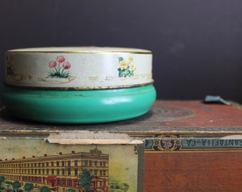 Vintage Litho Painted Tin With Ducks and Flowers // Made in Great Britain // Keepsake Tin