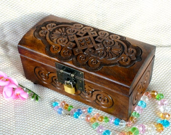 Jewelry box Wooden box Memory box Wooden jewellery box Ring box Wedding ring Jewelry boxes Wood carving Wood boxes Trinket rustic box Q11