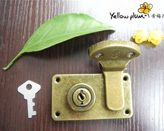 73*41mm Antique Brass Color Box latch,lock latch,jewelry box latch lock with key A004