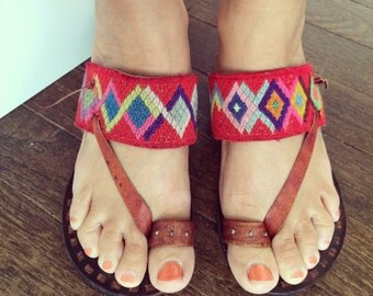 Vintage Wedge Sandals Slides Mules Toe Loop Peru Peruvian Ethnic Tribal Rainbow Woven Geometric Handmade leather Hippie Sandal Shoes Size 6