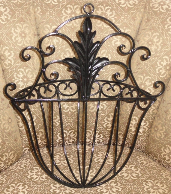 Enclume® Decor Wall Scroll Rack : Large black metal scroll leaf design home wall decor yard